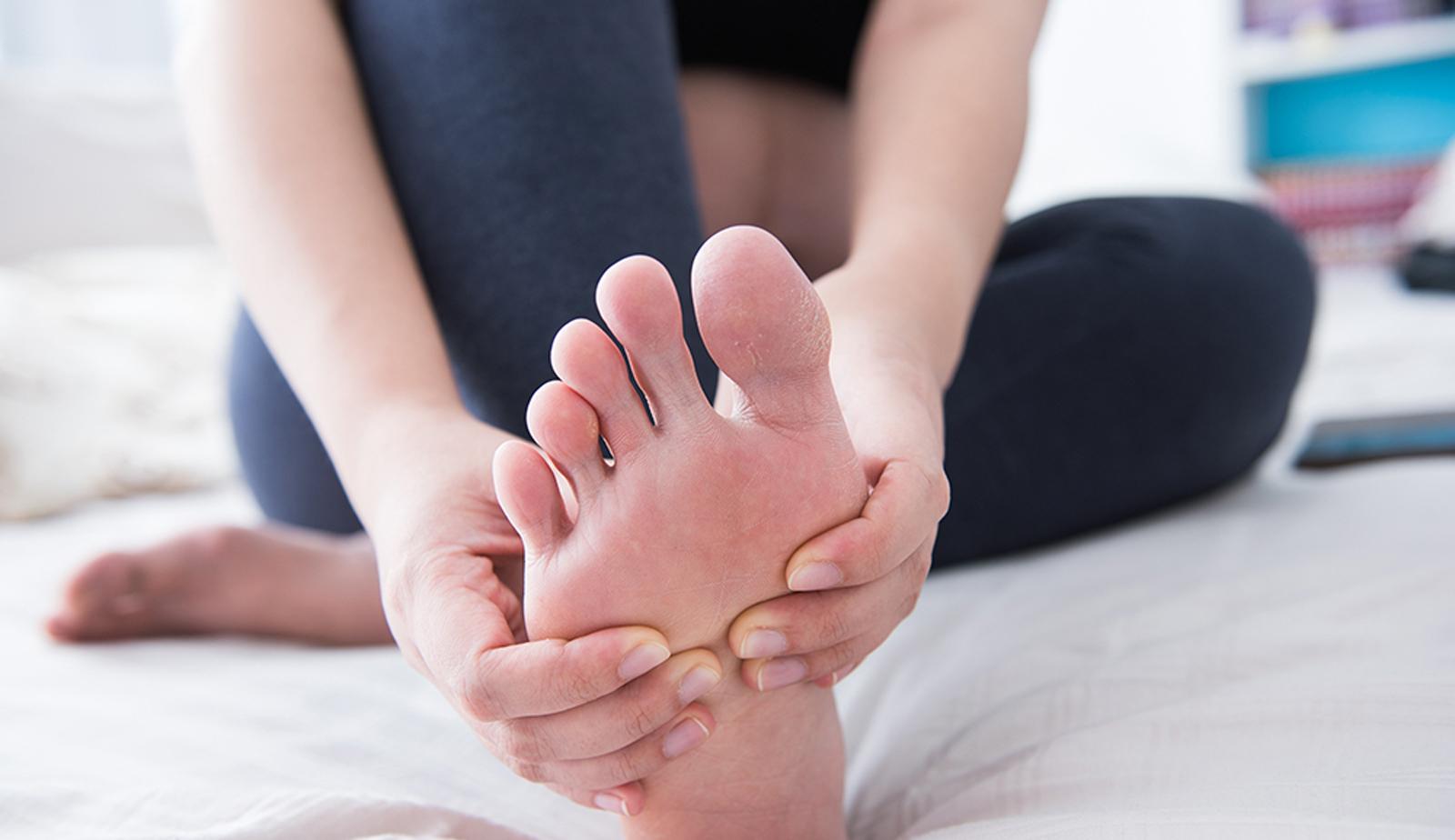 足のむくみをなんとかしたい! 美容師のためのむくみ対策とは?